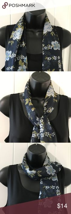 ROSE POP SCARF PRINTED FLOWER MOTIF BLACK WHITE POM POM LACE LIGHTWEIGHT VISCOSE