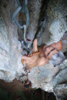 Making the quick clip... #climb
