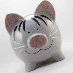 Kitty Cat Piggy Bank - Wild About Animals Week. Could use sponge and paper cut out techniques for the stripes. Large Piggy Bank, Cat Piggy Bank, Pig Bank, Paper Mache Diy, Penny Bank, Personalized Piggy Bank, Grey Tabby Cats, Paper Mache Animals, Toddler Themes