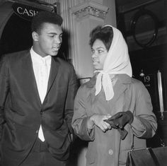 . Heavyweight boxing champion Cassius Clay (later Muhammad Ali), with his wife, 21st June 1963. (Photo by Evening Standard/Hulton Archive/Getty Images)