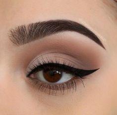 Shimmery and Natural Summer Makeup - Macke up - Eye Make up Nude Makeup, Makeup Inspo, Eyeshadow Makeup, Makeup Inspiration, Makeup Tips, Makeup Ideas, Makeup Tutorials, Matte Eyeshadow, Eyeshadow Brands