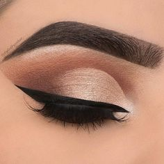 Eyeliner is too much tho