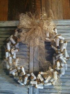 White Shotgun Shell Wreath by claracopelan on Etsy Shotgun Shell Art, Shotgun Shell Wreath, Shotgun Shell Crafts, Shotgun Shells, Shotgun Shell Jewelry, Ammo Crafts, Hunting Crafts, Bullet Crafts, Diy Crafts