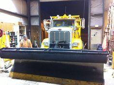Blade change on a snowplow( Chilliwack, BC) Snow Removal Equipment, Snow Plow, Peterbilt, Cool Trucks, Heavy Equipment, Blade, Wheels, Change, Llamas