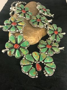 Navajo Pearl SQUASH BLOSSOM Green TURQUOISE CORAL Sterling Silver Necklace NAJA Vintage Turquoise, Coral Turquoise, Turquoise Jewelry, Native Style, Squash Blossom Necklace, Southwest Style, Native Indian, Sterling Silver Necklaces, Navajo