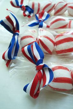 favors - could also top off with blue & white star ribbon or fill with red, white and blue bubblegum.