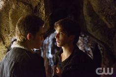 """The Vampire Diaries -- """"Stand by Me"""" -- Pictured (L-R): Paul Wesley as Stefan and Ian Somerhalder as Damon -- Image Number: VD415b_0001.jpg -- Photo: Bob Mahoney/The CW -- © 2013 The CW Network, LLC. All rights reserved."""