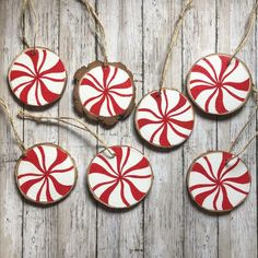 Rustic Christmas Ornaments, Decoration Christmas, Christmas Wood, Handmade Christmas, Painted Christmas Tree, Peppermint Christmas Decorations, Homemade Xmas Decorations, Christmas Sayings, Christmas Tree Painting