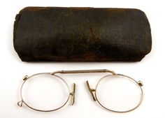 Antique 1800 s Antique Gold Glasses Spectacles Pince Nez - The Collectors  Bag Antique Gold, Stage 7cf829b0d5e4