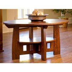 Cool coffee table   Free plans: http://www.finewoodworking.com/PlansAndProjects/PlansAndProjectsPDF.aspx?id=33675