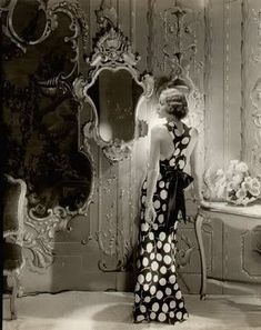 old hollywood glam dressing room.