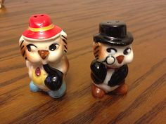 Vintage Sherlock Holmes Owls Salt and Pepper Shakers Made in Japan