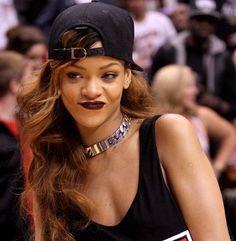 Michelle Phan recreates a signature Rihanna makeup look for Vogue- I love Rihanna's edgy style