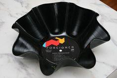25-DIY-Recycled-Vinyl-Projects-homesthetics-19.jpg 432×288 pixels