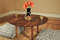 Sophisticated Japanese Dining Table Suggestions - DIY Home Design Japanese Dining Table, Dining Table Height, Round Dining, Monochromatic Room, Modern Wood Furniture, Recessed Downlights, Low Coffee Table, Table Lamp Wood, Floor Seating