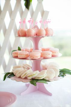 Parties Blog | Flamingo Party | First Birthday | Pippas Cupcake Stand
