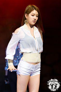 Spica Jiwon sexy