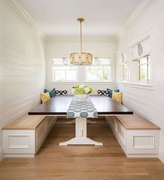 Dining Nook with Banquette Bench | Fox Group Construction