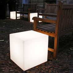 Slide Cubo Out Exterior Floor Lamp Design Slide, Cube Design, Led Furniture, Outdoor Furniture Sets, Cubes, Decor Interior Design, Interior Decorating, Low Stool, Outdoor Chairs