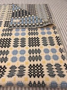 Vintage Welsh Style Blanket, Gilmore's of Dorset Inches Yellow/blue/green Welsh Cottage, Welsh Blanket, X Project, Pottery Handbuilding, Waffle Blanket, Vintage Blanket, Folk Embroidery, Tapestry Weaving, Dibujo