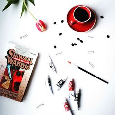#arkiasetelma #rakkautta #sjöwallwahlöö #romaanirikoksesta #nordicnoir #espresso #wannabetaiteilija