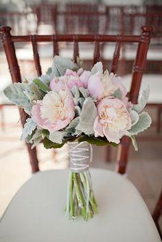 prettysouthweds.com_bouquetdhiver7