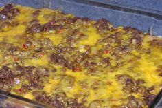 Low Carb Taco Bake Serve with additional toppings like shredded lettuce, jalapenos, guacamole, ripe olives, sour cream or salsa. Mexican Food Recipes, Beef Recipes, Low Carb Recipes, Cooking Recipes, Healthy Recipes, Low Carb Hamburger Recipes, Low Carb Mexican Food, Healthy Meals, Healthy Food