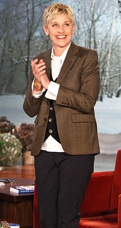Best Dressed TV Show Hosts: Ellen DeGeneres