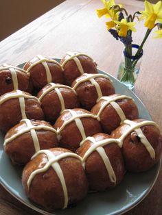 chocolate hot cross buns 3