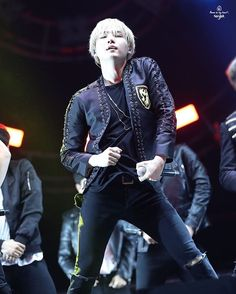 OMG! SEXAY SUGA IS EVIIILLL! ❤<< AHHH PUT THAT THING AWAY OR SO HELP ME