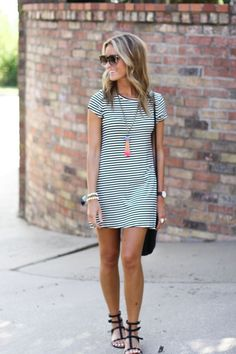 Casual black and white strip spring summer dress. Black gladiator sandals, oversized sunnies and statement necklace. Cute casual look. Stitch fix fashion trends 2016.