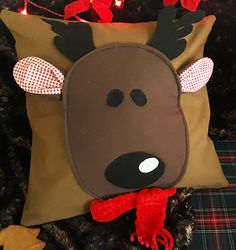 3d Rudolph appliquetted Christmas pillow. International shipment. #christmas #christmas decoration #pillow #pillowcase #christmas pillow, #rudolph #handcraft #deer #3d #newyear #chatbirdy