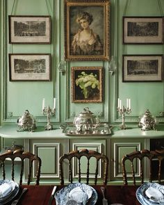 Georgian (1714 - 1837) Set of early Georgian curved chairs, green wall, black panelling and framing. Influenced from ancient Greece, Rome and Chinese.