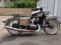 http://kleinanzeigen.ebay.de/anzeigen/s-anzeige/mz-es-125-lowrider-cafe-racer-bobber/294450863-305-3351?ea=1468570