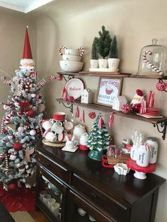 Here are the Vintage Christmas Decoration Ideas. This post about Vintage Christmas Decoration Ideas was posted under the category. Decoration Christmas, Farmhouse Christmas Decor, Diy Christmas Tree, Country Christmas, Vintage Christmas, Christmas Holidays, White Christmas, Christmas Movies, Christmas Vacation