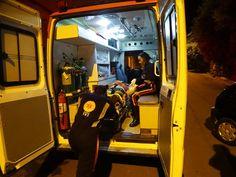 #News  Caminhão bate em carro e quatro pessoas ficam feridas na MG-122 no Norte de MG