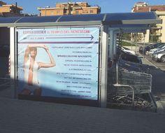 Kaos Agency - Pubblicità su pensiline porta carrelli presso Centro Commerciale Piazza Marcantoni - Civita Castellana