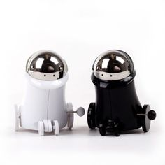 """BAHAHA """"Can you pass the salt"""" takes on a whole new meaning with wind up salt and pepper shakers!"""