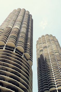 Marina City towers designed by Bertrand Goldberg. Chicago, IL