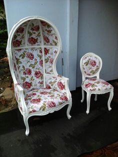 Floral porter chair