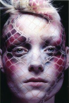 Feride Uslu - Makeup Artist.