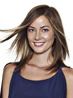 medium straight hairstyle
