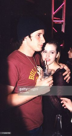 Roswell Cast, Roswell Tv Series, Majandra Delfino, Brendan Fehr, Roswell New Mexico, Michael X, 90s Nostalgia, Best Couple, Celebrity Couples