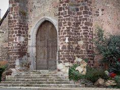 Brou : Portail de l'église Saint-Lubin