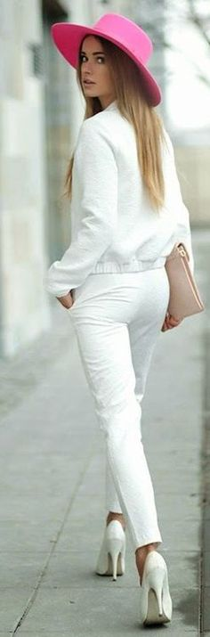 Pink and white Spring/Summer outfits White Summer Outfits, All White Outfit, Fall Outfits, Casual Outfits, White Dress, Cute Hats, Turbans, White Fashion, Fall Fashion