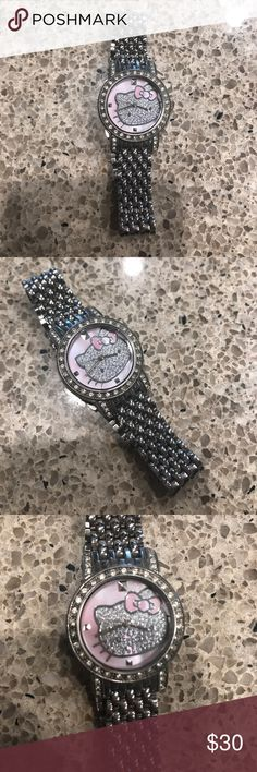 Hello kitty watch Only worn a few times, needs new battery . Hello Kitty Accessories Watches