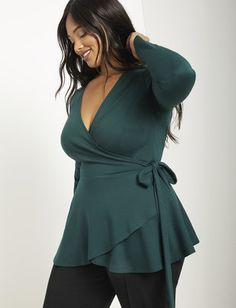 Peplum wrap top women s plus size tops eloquii Outfits Plus Size, Curvy Girl Outfits, Dress Plus Size, Curvy Girl Fashion, Look Plus Size, Plus Size Model, Plus Size Tops, Plus Size Style, Plus Size Blouses