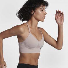 Find Nike Seamless - sports-bh til kvinder på Nike.com. Gratis levering og returnering.