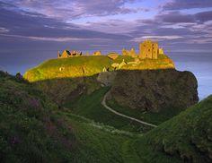 Dunottar Gold. Dunottar castle, Stonehaven, Scotland