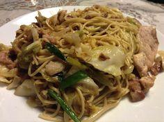 マルタイ焼きそば-とんこつ味- Japchae, Spaghetti, Ethnic Recipes, Kitchen, Food, Cuisine, Kitchens, Meals, Noodle